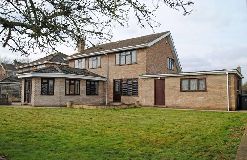 4 Bedrooms Detached House for sale in Scawby, North Lincolnshire