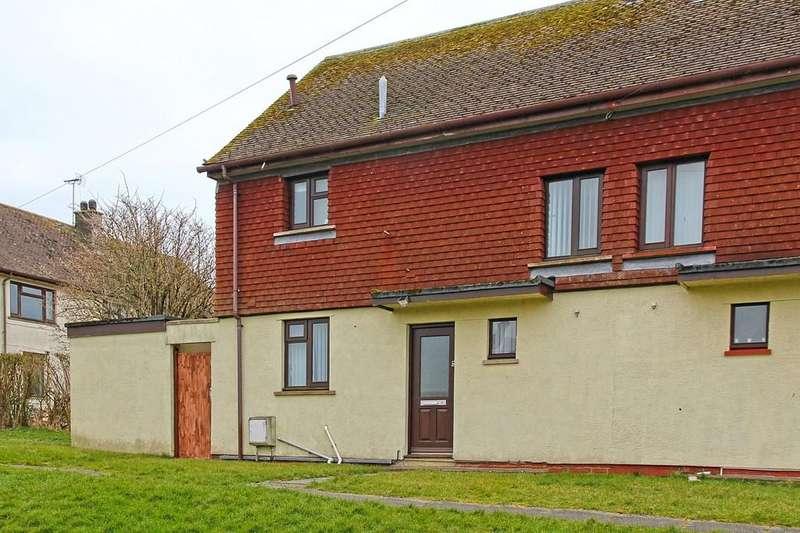 2 Bedrooms Semi Detached House for sale in Ffordd Cerrig Mawr, Caergeiliog, North Wales