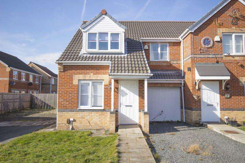 3 Bedrooms Semi Detached House for rent in Grange Farm Road, Grangetown, Middlesbrough, TS6 7HP