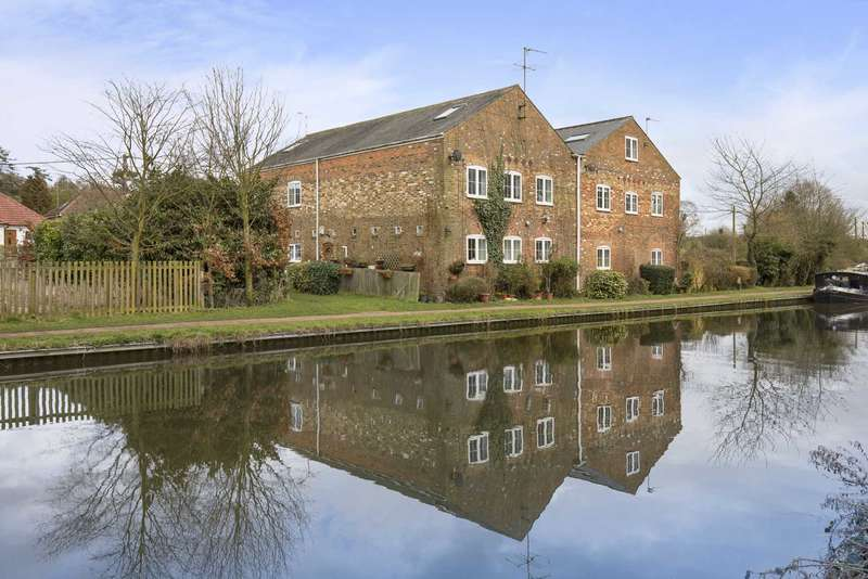 3 Bedrooms Terraced House for sale in Dudswell Mill, Wharf Lane