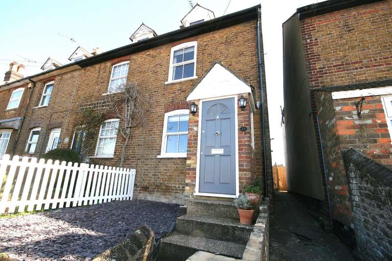 3 Bedrooms Property for sale in Wingrave Road, Tring, Herts