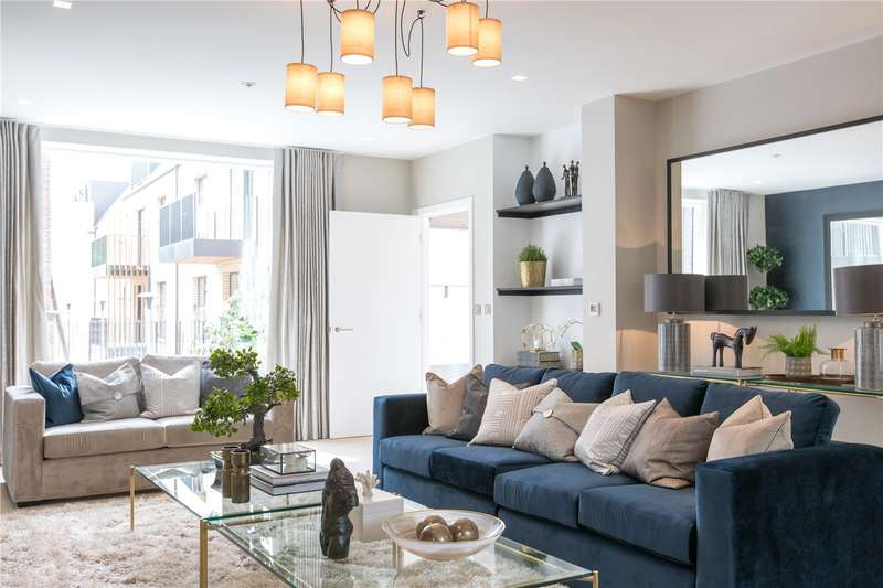 3 Bedrooms Semi Detached House for sale in The Avenue, Woodside Square, London, N10