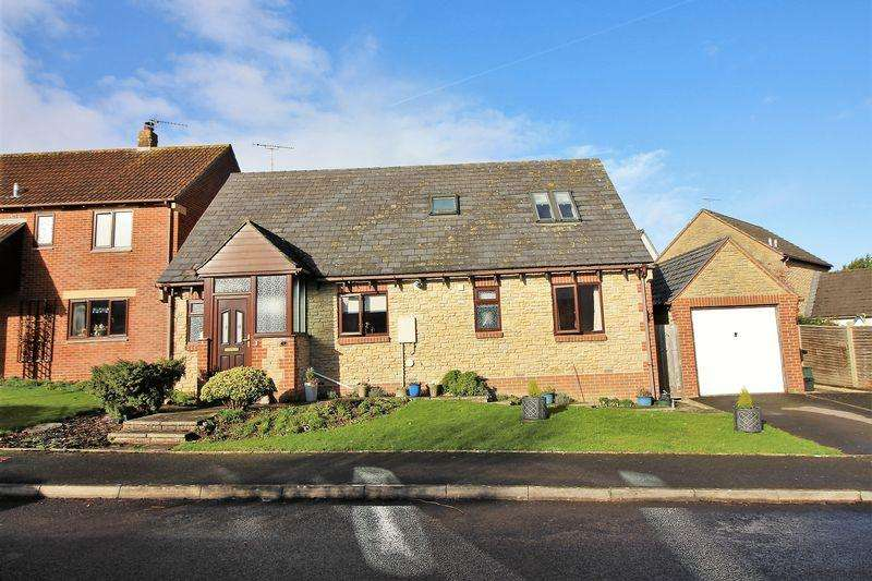 4 Bedrooms Detached Bungalow for sale in Glynsmead, Tatworth, Nr Chard