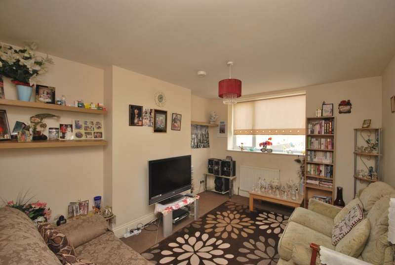1 Bedroom Flat for sale in Bromley Hill Bromley BR1