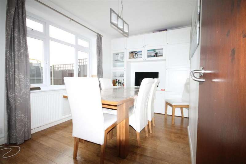 3 Bedrooms House for rent in Ayot Path, Borehamwood