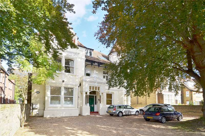 3 Bedrooms Flat for sale in North Common Road, Ealing, W5