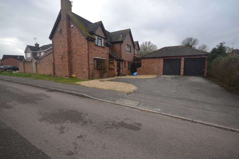 5 Bedrooms Detached House for sale in Bradmore Way, Reading