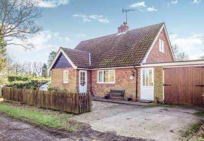3 Bedrooms Bungalow for sale in Neatishead, Norwich, Norfolk
