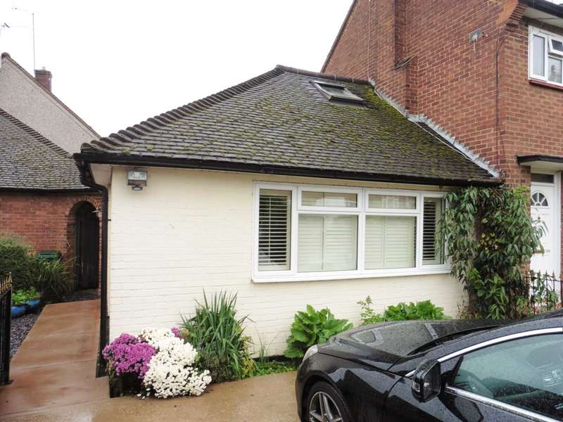 1 Bedroom Bungalow for sale in Hayling Road, South Oxhey