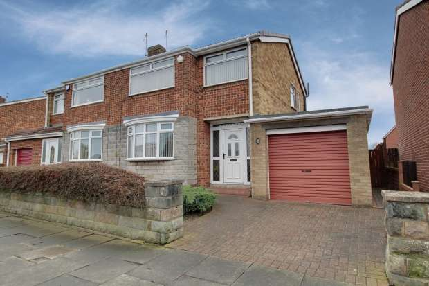 3 Bedrooms Semi Detached House for sale in Bader Avenue, Stockton-On-Tees, Cleveland, TS17 0EX