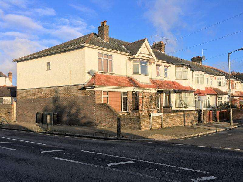 10 Bedrooms Semi Detached House for sale in Montana Road, Tooting Bec, SW17