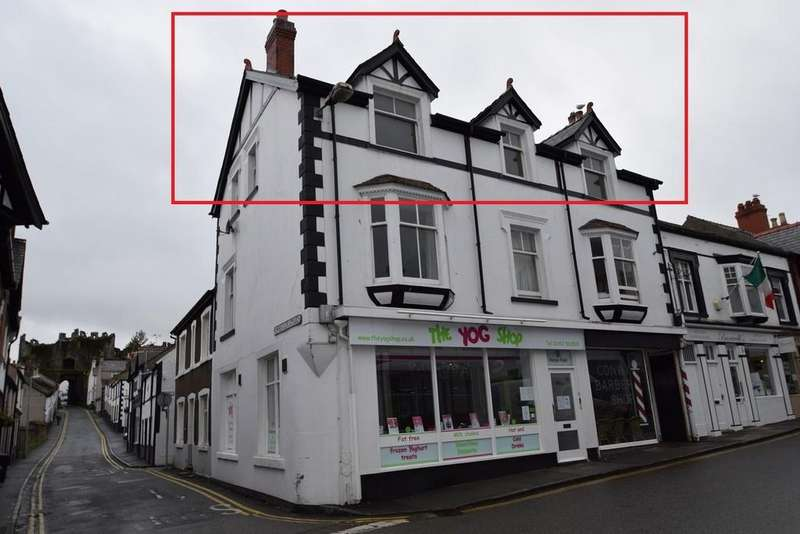 3 Bedrooms Flat for rent in * Conwy