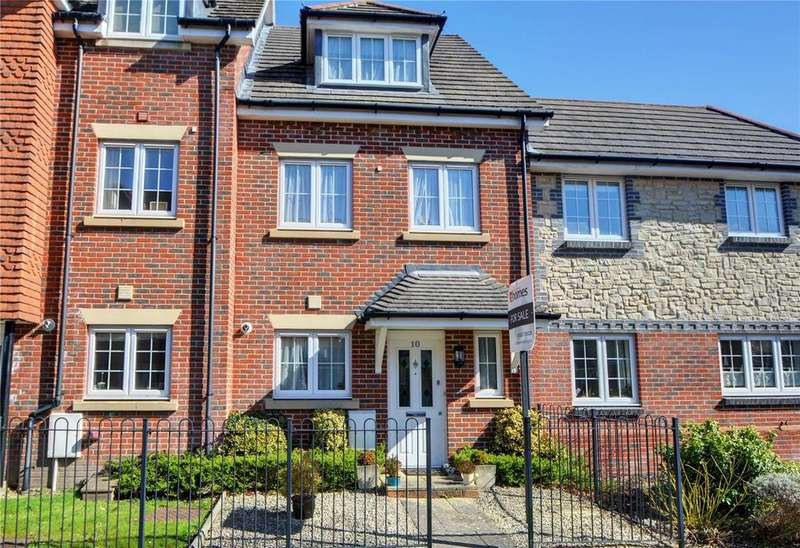 3 Bedrooms House for sale in Hawthorn Way, Lindford, Bordon, Hampshire