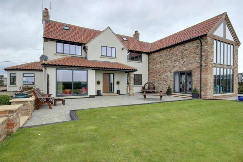 5 Bedrooms Detached House for sale in Cross Road, North Frodingham, East Riding of Yorkshire