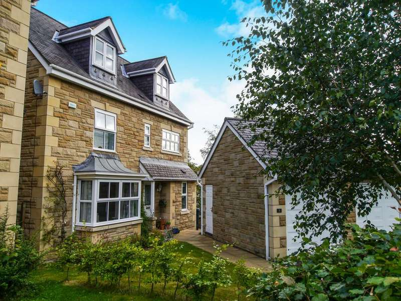 5 Bedrooms Detached House for sale in Gibson Fields, Hexham