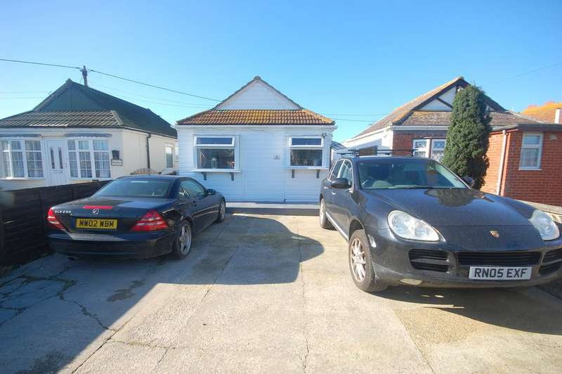 2 Bedrooms Detached Bungalow for sale in Montalan Crescent, Selsey, Chichester PO20