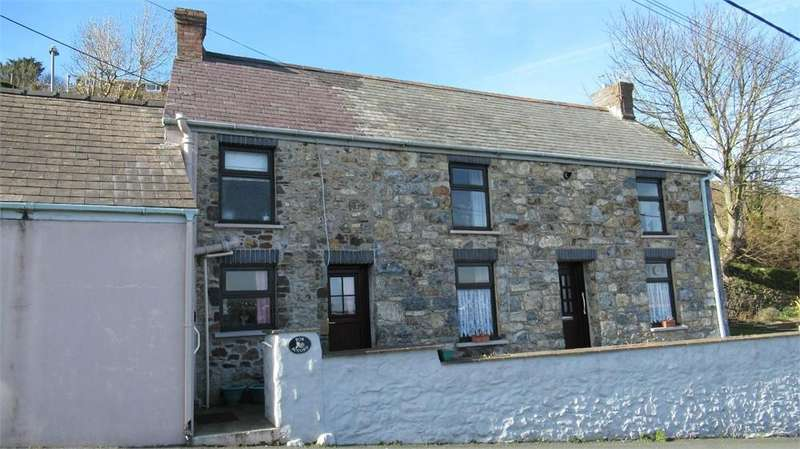 2 Bedrooms Detached House for sale in Bon Accord, Glan-y-Mor Road, Goodwick, Pembrokeshire