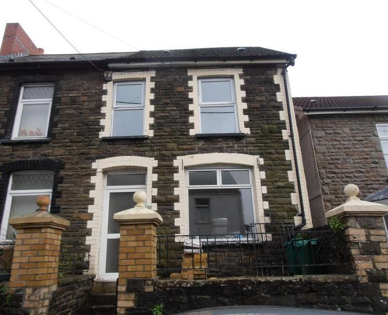 2 Bedrooms Terraced House for rent in Bridge Road, Cwmbach