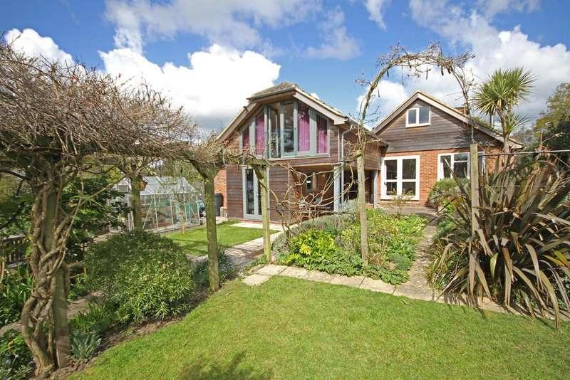 4 Bedrooms Detached House for sale in Swan Street, Wittersham, Kent TN30 7PH