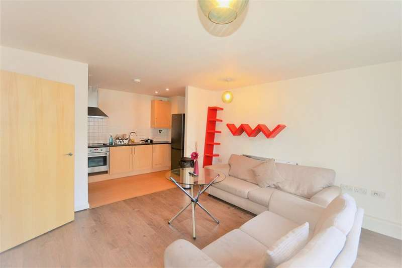 2 Bedrooms Flat for sale in All Saints Road, Acton