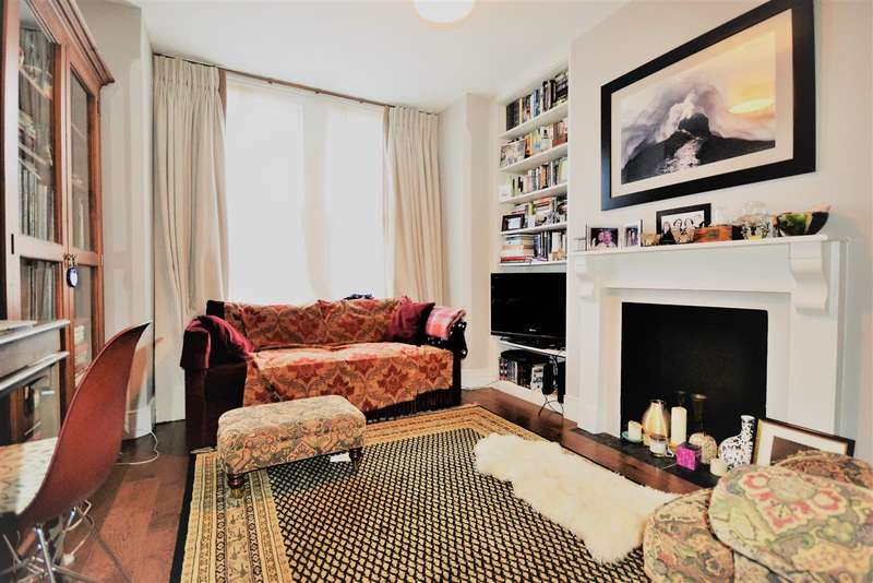 2 Bedrooms Flat for sale in Ivy Crescent, London