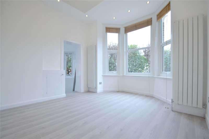 2 Bedrooms Maisonette Flat for sale in Oval House, 1 Oval Road, Croydon