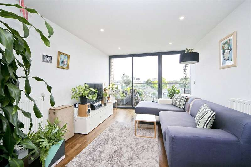 2 Bedrooms Flat for sale in Richmond Road, Hackney, E8