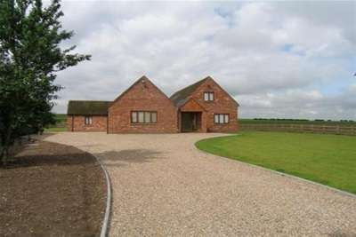 4 Bedrooms Barn Conversion Character Property for rent in Fisherwick Road, Near Lichfield