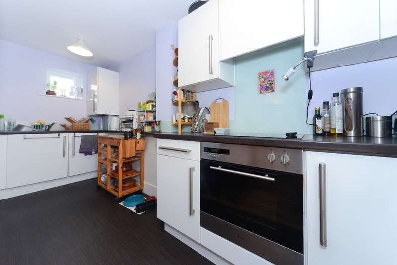 1 Bedroom Maisonette Flat for sale in Crescent Road, Bournemouth, Dorset, BH2