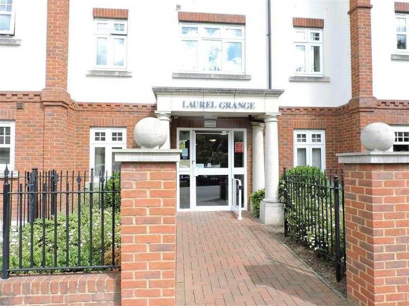 2 Bedrooms Retirement Property for sale in Laurel Grange, Byfleet West Byfleet