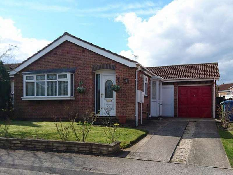 3 Bedrooms Detached Bungalow for sale in 12 Farm Grove
