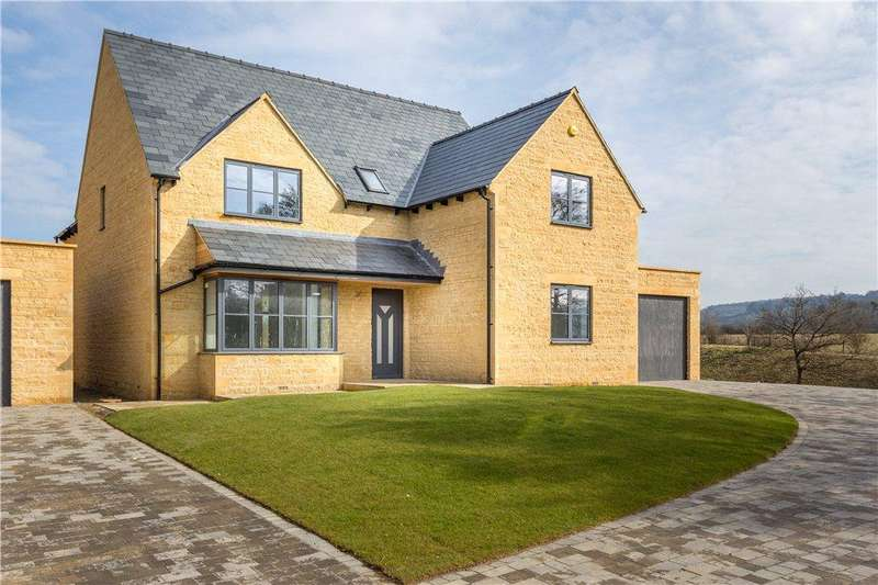 4 Bedrooms Detached House for sale in Stow Road, Toddington, Gloucestershire, GL54