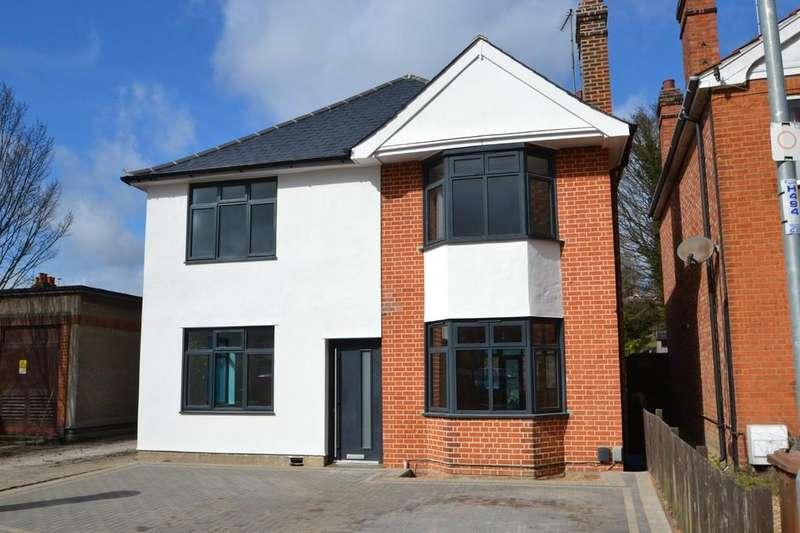 4 Bedrooms Detached House for sale in Tuddenham Avenue, Ipswich, IP4 2HE