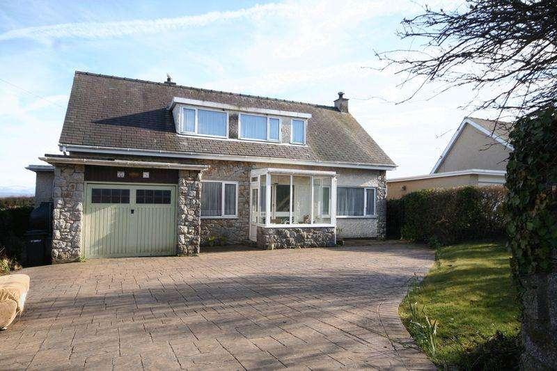 5 Bedrooms Detached House for sale in Moelfre, Anglesey