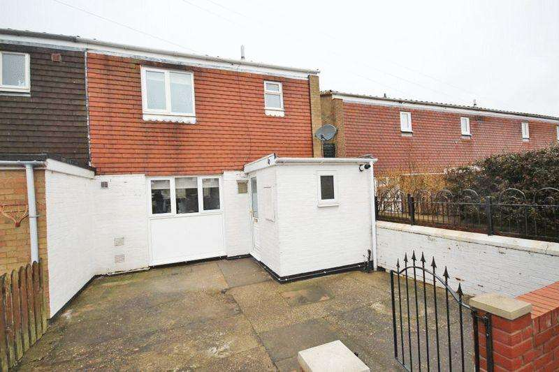 3 Bedrooms End Of Terrace House for sale in DOLBY VALE, GRIMSBY