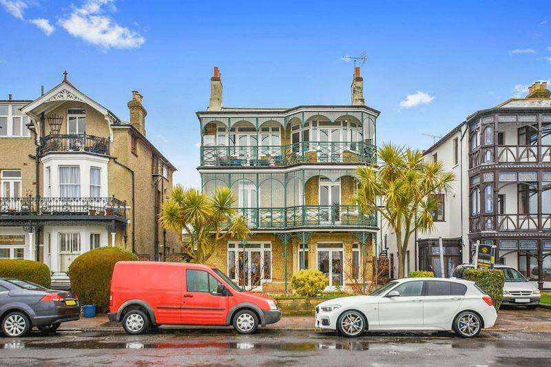 1 Bedroom Apartment Flat for sale in Clifftown Parade, Southend-On-Sea