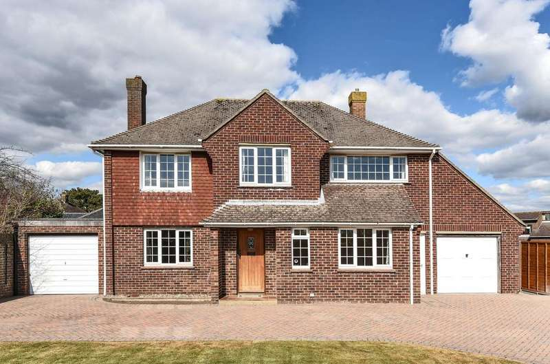 4 Bedrooms Detached House for sale in Warblington Road, Emsworth, PO10