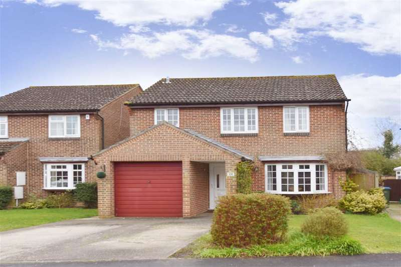 4 Bedrooms Detached House for sale in GRASSYMEAD, TITCHFIELD COMMON