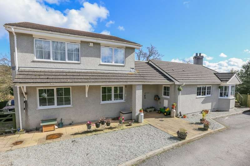 4 Bedrooms Detached House for sale in Stokelake, Chudleigh, Newton Abbot