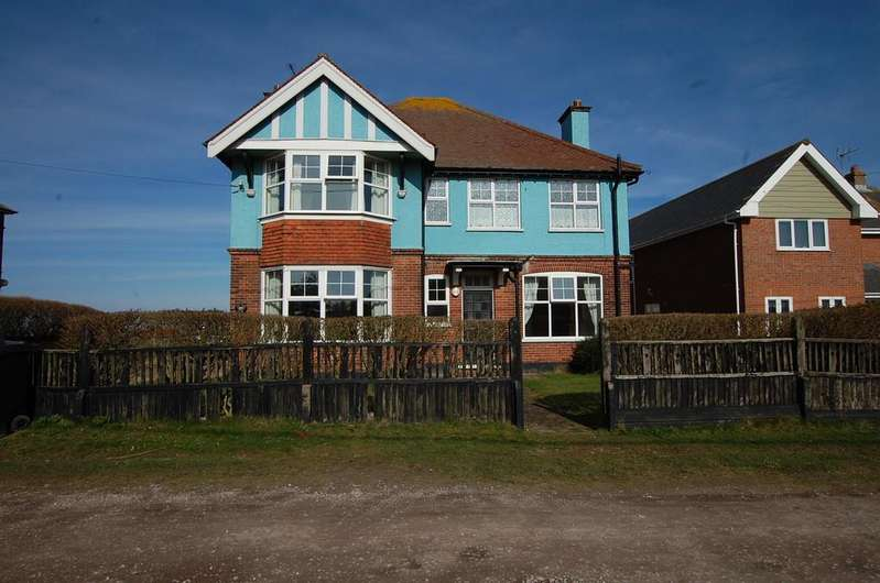 7 Bedrooms Detached House for sale in Sea View Road, Mundesley