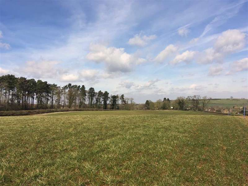Farm Land Commercial for sale in Sibford Road, Banbury, Oxfordshire