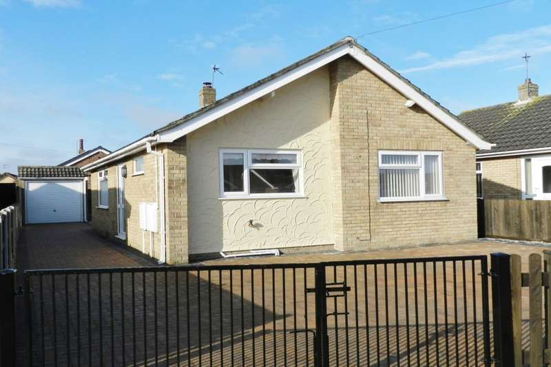 2 Bedrooms Detached Bungalow for sale in Marine Avenue, Sutton-On-Sea, Mablethorpe, LN12