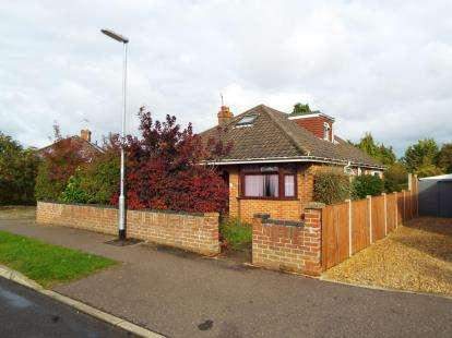 4 Bedrooms Bungalow for sale in Norwich, Norfolk