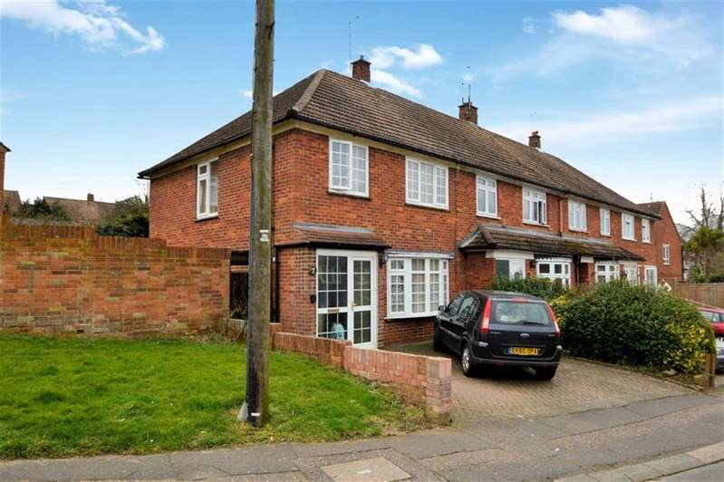 3 Bedrooms End Of Terrace House for sale in Wheelers, Epping