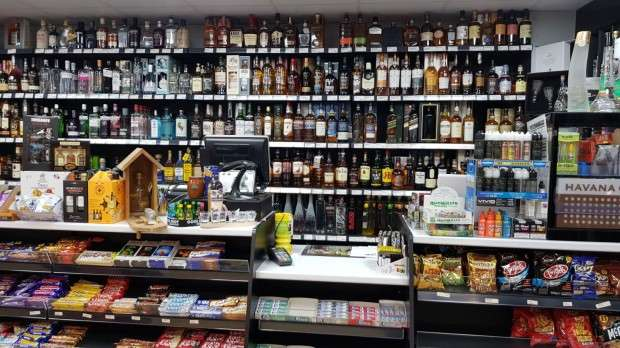 Terraced House for sale in off licence Avonmouth Road, Bristol, BS119LP