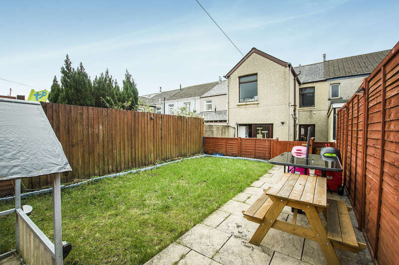 3 Bedrooms Terraced House for sale in Coegnant Road, Maesteg