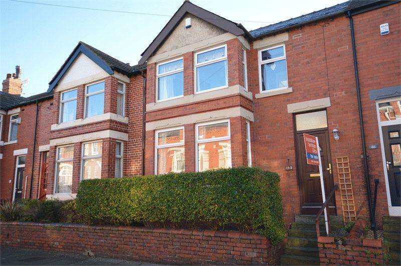 4 Bedrooms Town House for sale in Ferndale Road, Hoylake