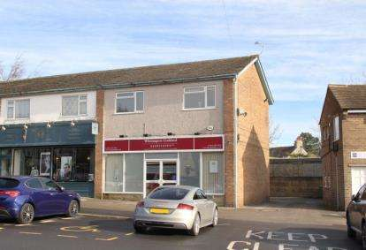 2 Bedrooms Flat for sale in Causeway Head Road, Sheffield, South Yorkshire