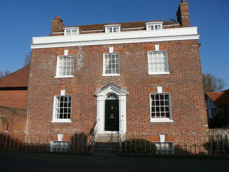 2 Bedrooms Apartment Flat for sale in The Street, Woodnesborough