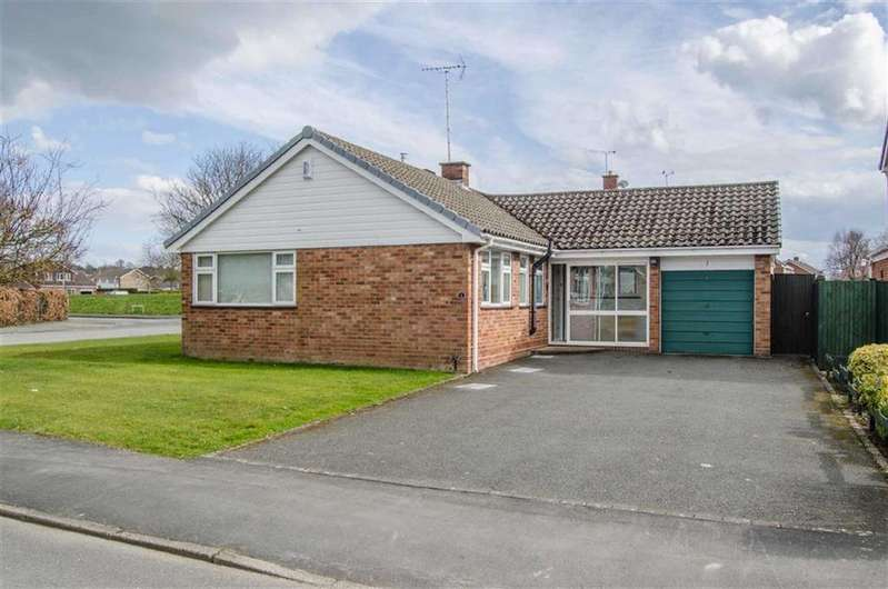 3 Bedrooms Detached Bungalow for sale in Lowerfield Road, Westminster Park, Chester
